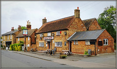 Rose & Crown (Jason 87030) Tags: roseandcrown rosecrown pub inn stone building publichouse architecture england english sign shot may 2019 bed bedfordshire beds village uk unitedkingdom greatbritain