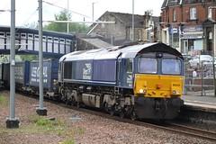 LARBERT 66433 (johnwebb292) Tags: larbert diesel class 66 66433 drs
