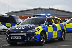 BX19 GOU (S11 AUN) Tags: lancashire constabulary ford mondeo police dogvan dog section policedogs dogsupportunit dsu response 999 emergency vehicle bx19gou
