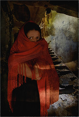 REMY CLARISSE 8750 V4 (REMYRO) Tags: design portrait tableau concept art style femme beauty beauté surréaliste peinture couleur escalier visage caché rouge