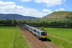185115 heads east into the Vale of Edale with the 1B76 Manchester Airport to Cleethorpes, 16th May 2019. (Dave Wragg) Tags: 185115 class185 tpe firsttranspennineexpress 1b76 edale valeofedale hopevalleyline dmu railcar railway derbyshire