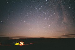 Starry night (Chloué) Tags: analogphotography analog olympusom1 olympus newzealand southisland nature landscape filmphotography argentique outdoor sky nightsky stars starrynight camping
