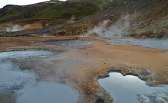 554 - Quelque chose se trame là dessous (AnouchkA_) Tags: anouchka travel iceland seltun nature gerothemal activity water sulfur mountain smoke