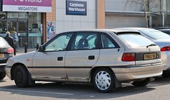 P141 DTA (Nivek.Old.Gold) Tags: 1997 vauxhall astra 16 duo 5door