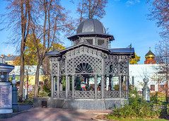 Cast-iron pergola (Moscow, Russia) (KonstEv) Tags: kiosk belvedere bower pavilion arbor pergola moscow russia architecture cast building iron