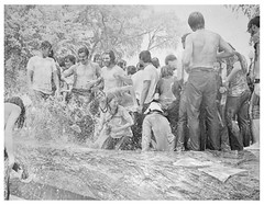 Protesters cooling off leads to clashes with police: 1970 (Washington Area Spark) Tags: antiwar anti war vietnam cambodia invasion kent state national guard shootings death four students protest demonstration rally peace arrest clash reflecting pool washington dc district columbia 1970