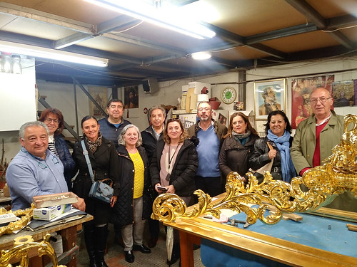 "Taller de dorado • <a style=""font-size:0.8em;"" href=""http://www.flickr.com/photos/124554574@N06/47568466942/"" target=""_blank"">View on Flickr</a>"