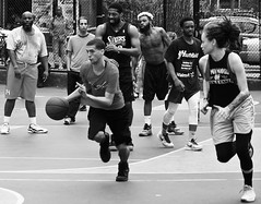 Making the Drive (Professor Bop) Tags: professorbop drjazz olympusem1 greenwichvillage newyorkcity manhattan basketball basketballcourt monochrome monochromatic blackandwhite bw sports game outdoors outside westvillage athletes athletics men women thecage west4thstreetcourt street