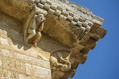 El grito 2. ¡ARDE PARIS! (*efejota*) Tags: grito piedra románico escultura