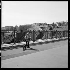 Stadt (tiltdesign2016) Tags: analogphotography bw stadt strase street sonne kontrast wuppertal barmen canoncanoscan9000f ilfordilfosol3114 ilfordfp4plus yashicamat124g mittelformat ilford