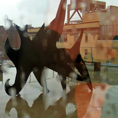 There is a monster in my garage (Robert Saucier) Tags: newyorkcity newyork nyc manhattan whitney musée museum pluie rain raindrops gouttes flou blur sculpture building architecture reflet reflection img3630