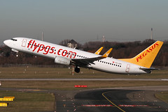 TC-CPI | Pegasus Airlines Boeing 737-82R | Dusseldorf Airport EDDL/DUS | 15/02/19 (MichaelLeung213) Tags: pegasus airlines flypgs pgs flypgscom boeing the company 737800 738 737 73782r dusseldorf dus eddf spotting germany take off takeoff climb climbout morning spotato photography plane turkey turkish tccpi