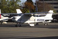 N5205R Private Cessna 172M Skyhawk (BayAreaA380Fan Photography) Tags: privatejet businessjet jet bombardier bombardierglobalexpress cessna cessna172 planespotting aircraft airplane