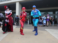 Lady Flash and the Blue Beetle (Sconderson Cosplay) Tags: goldnova supanova gold coast 2019 cosplay superheroes convention exhibition centre dc comics blue beetle ted kord the lady flash
