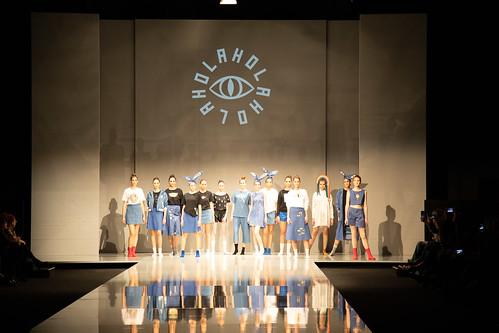 """Momentos del desfile de la empresa HOLAHOLAHOLA • <a style=""""font-size:0.8em;"""" href=""""http://www.flickr.com/photos/124554574@N06/47575091862/"""" target=""""_blank"""">View on Flickr</a>"""
