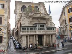 2011 Palazzo Borghese a (Roma ieri, Roma oggi: Raccolta Foto de Alvariis) Tags: palazzoborghese il cembalotastiera del cembalorione campo marziovia ripettapiazza borghesevia di fontanella borgheseromaromelazioitalyraccolta fotoalvaroedelisabettadealvariis 2011