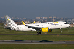 EC-MZT_20190413_49932_M (Black Labrador13) Tags: ecmzt airbus a320 a320271n neo vueling airlines bru ebbr avion plane aircraft vliegtuig airliners civil
