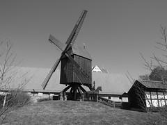 Osterlinder Bockwindmühle (1elf12) Tags: mühle mill bockwindmühle salder salzgitter germany deutschland museum castle palace schlos