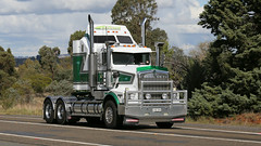 Haulin' Into Yass (2/6) (Jungle Jack Movements (ferroequinologist)) Tags: c1800 churchill holbrook white jimmy kenworth k125 international inter harvester rd 200 golden fleece kw kenny ih ken highway hauling haulin hume sydney 2019 yass classic historic vintage veteran hcvca vehicle run hp horsepower big rig haul haulage freight cabover trucker drive transport delivery bulk lorry hgv wagon nose semi trailer deliver cargo interstate articulated freighter ship move motor engine power teamster tractor prime mover diesel injected driver cab wheel sleigh diamond