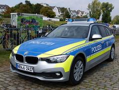 BMW 318d Touring - Polizei Nordrhein-Westfalen (TIMRAAB227) Tags: bmw 3er 3series 318d f30 f31 touring bayerischemotorenwerkeag polizeinordrheinwestfalen fustw funkstreifenwagen patrolcar police polizei lawenforcement nrwtag2016 bonn