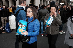 Matching Doritos (Gary Kinsman) Tags: parliamentsquare sw1 westminster peoplesvotemarch fujix100t fujifilmx100t 2019 candid streetphotography streetlife people person fujifilmxpro1efx20 efx20 flash london demonstration protest march eureferendum brexit the48 eu europeanunion remain politics crowd crowded placard peoplesvote putittothepeoplemarch matching doritos blue cooloriginal crisps eating snacks seen eyecontact visable