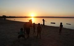 Sweet sabres  .  .  . (ericrstoner) Tags: kamayurá kamaiurá lagoipavu ipavu xinguindigenouspark parqueindígenadoxingu sunset pôrdosol