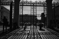 La luce di Michelangelo (paulopar.rodrigues) Tags: arte art local church cidade city exterior igreja italia roma rua street urban peoplepessoas people pessoas photofoto bw captureone fuji xt1