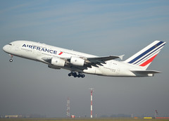 F-HPJB, Airbus A380-861, c/n 040, AF-AFR-Air France, CDG/LFPG 2019-02-16, off runway 27L. (alaindurandpatrick) Tags: cn40 fhpjb a380 a388 a380800 airbus airbusa380 airbusa380800 megabus jetliners airliners af afr airfrance airlines cdg lfpg parisroissycdg airports aviationphotography