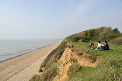 Clifftop Picnic (MrHRdg) Tags: cliff meon titchfield solent