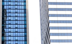 Side by Side (Karen_Chappell) Tags: travel chicago white blue building buildings architecture geometry geometric city urban abstract windows glass skyscraper usa illinois rectangle canonef24105mmf4lisusm