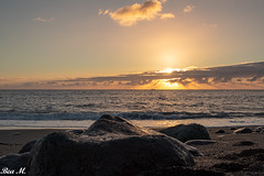_MG_5060.jpg (trixi.mi) Tags: meer sonne sonnenuntergang atlantik steine stones clouds sonnigertag ndfilter sonnenschein insel holiday canon sunlight sunset stimmung wolken sonnenlicht
