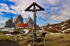 Drei Zinnen - Tre Cime di Lavaredo. (GIVI58) Tags: mountain landscape dolomitidisesto rifugiolocatelli dolomitiunesco dolomiten dolomites dolomiti altoadige veneto trecimedilavaredo dreizinnen