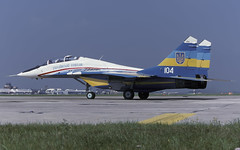 MIG-29UB 104 UKR FALCONS EGVA 210797 CLOFTING 1 P (Chris Lofting) Tags: mig29 mig29ub fulcrum 104 riat fairford ukranianfalcons