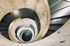 (Yiqian_Fan) Tags: iphone iphone7 digital architecture architektur treppe stairs museum shanghai