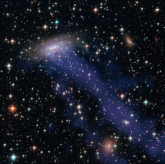 Gassy Galaxy 1 (sjrankin) Tags: eso137001 19april2019 edited nasa hst hubblespacetelescope esa europeanspaceagency galaxy