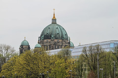 Berlin am 12.4.2019 (pilot_micha) Tags: 12042019 2019 alexanderplatz april2019 berlin berlinerdom deutschland dom frühling hauptstadt kirche stadt capitalcity church city evangelisch germany spring
