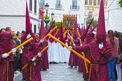 nazarenos (alienganímedes) Tags: nazarenos vélezmálaga procesión semanasanta málaga rojo velas