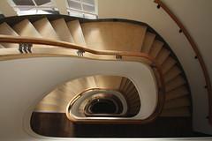 Staircase (Elbmaedchen) Tags: staircase stairwell stairs stufen steps treppenauge treppenstufen treppenhaus escalier roundandround interior upanddownstairs helix spirale spiral architektur architecture beauty abwärts holz geländer lines curves oval