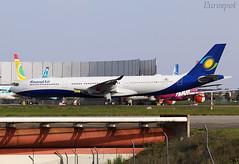 F-WWKQ Airbus A330 Neo Rwand Air (@Eurospot) Tags: fwwkq 9xrwt airbus a330 neo 1861 a330900 toulouse blagnac rwandair