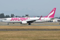 C-FPLS (LAXSPOTTER97) Tags: swoop boeing 737 737800 cfpls cn 60132 ln 5401 abb abbotsford cyxx aviation airport airplane