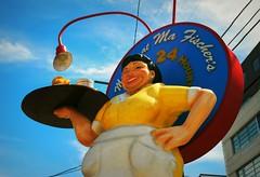 Ma Fischer's Diner - Milwaukee, Wisconsin (Cragin Spring) Tags: milwaukee milwaukeewi milwaukeewisconsin wisconsin wi midwest unitedstates usa urban unitedstatesofamerica city restaurant diner waitress statue mafischers