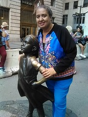 IMG_20180524_164430 (clarisel) Tags: c 2018 photo by clarisel gonzalez wallstreet newyorkcity women girls