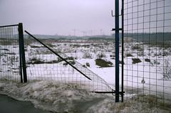 Untitled-14 (fedorrrz) Tags: 35mm agfa200 bessaflextm spring fence film filmisnotdead ishootfilm snow field grim