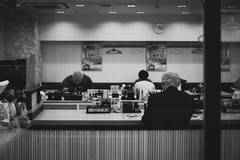 Rice bowl restaurant in Japan (S. Ken) Tags: フォクトレンダー voigtlander a7riii a7r3 7rm3 sony e general nokton classic 35mm f14 emount ソニー alpha α 索尼 japan rice bowl restaurant yoshinoya 吉野家 日本 食堂 レストラン peoples oldman happyplanet asiafavorites