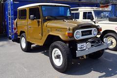 1976 Toyota Landcruiser FJ40 Front (Joachim_Hofmann) Tags: auto fahrzeug verbrennungsmotor ottomotor toyota geländewagen 4x4 geländefahrzeug japanischesauto