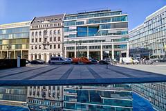 Berlin - Leipziger Straße, Platz des Volksaufstandes von 1953 (www.nbfotos.de) Tags: berlin leipzigerstrase platzdesvolksaufstandesvon1953 spiegelung reflexion reflection architektur architectur