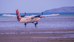 Twin Otter at Barra Airport (Briantc) Tags: scotland westernisles barra isleofbarra hia barraairport twinotter aeroplane airplane beach beachlanding gbvvk