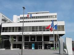 Hôtel de Ville de Joinville-le-Pont (portemolitor) Tags: valdemarne joinvillelepont hôteldeville hôtel de ville