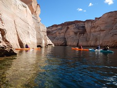 DSCN8959 (Lake Powell Adventure Company) Tags: kayak kayaking kayakinglakepowell lakepowellkayak paddling slotcanyon southwest lakepowel lglencanyon page utah glencanyonnationalrecreationarea watersport guidedtour kayakingtour seakayakingtour seakayakinglakepowell arizonahiking arizonakayaking utahhiking utahkayaking recreationarea nationalmonument coloradoriver antelopecanyon labyrinthcanyon facecanyon boat people water arizona