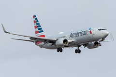 American Airlines B737-800 on approach for 23 (Polarjet Photography) Tags: cyyz yyz torontopearson pearsonpov torontoairport pearsonairport aviation airline aircraft plane airplane americanairlines aal americanair boeing boeing737 b737 boeing737800 b737800 737800 n834nn